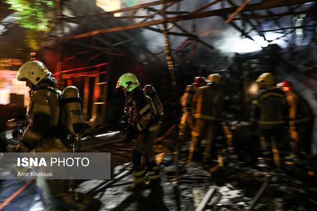 آتش سوزی در انبار لوازم خانگی در کرمان