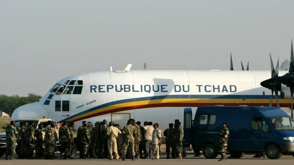 کشف بسته مشکوک به انفجار در فرودگاه